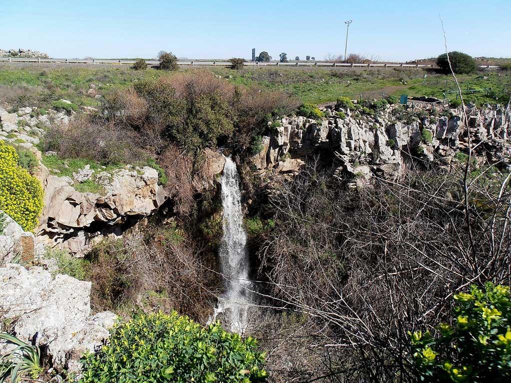 מפל-עיט | צילום: אילת לב ארי שלי Pikiwiki Israel